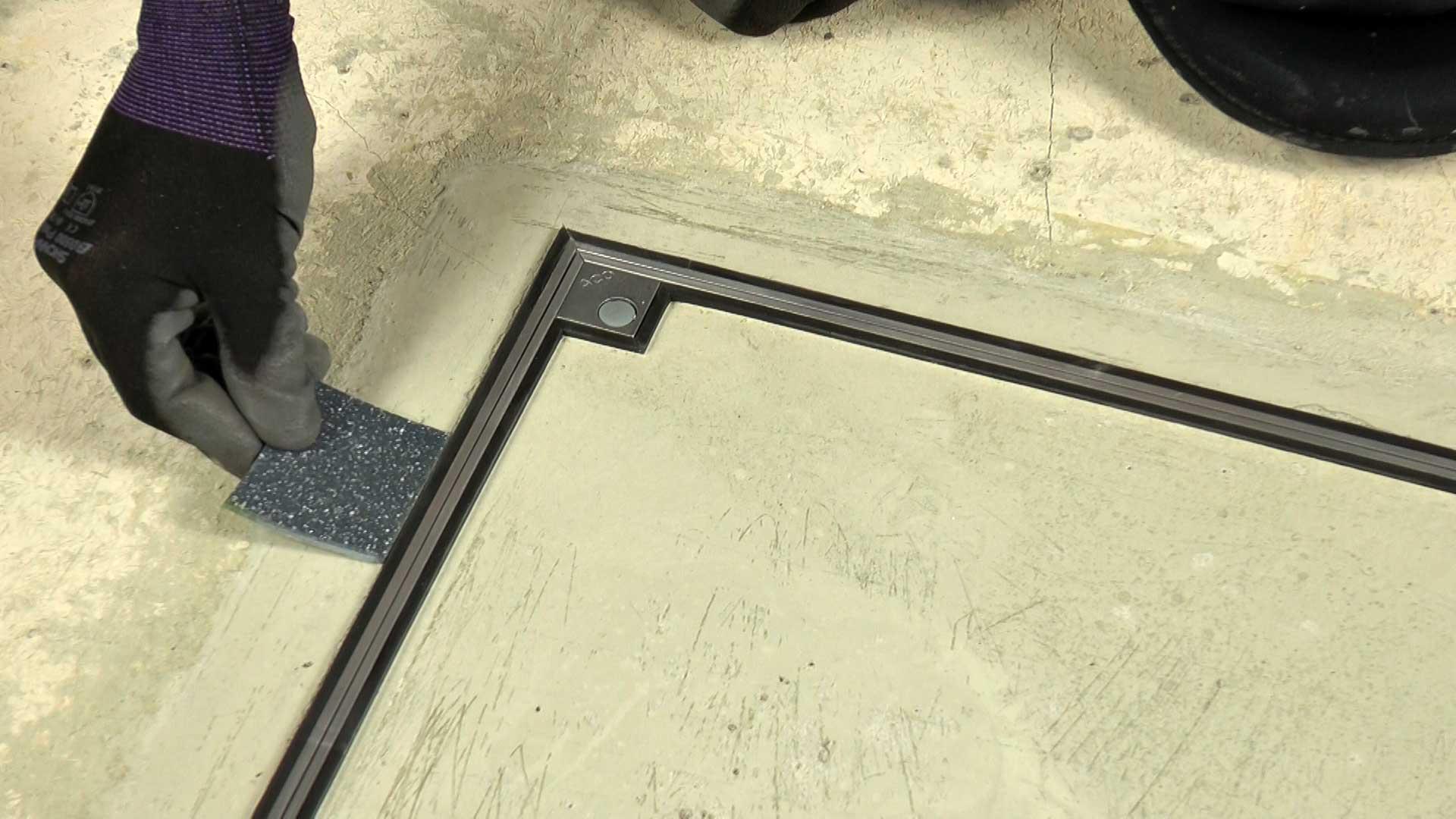 Floor Door Vinyl- Fit Hospital